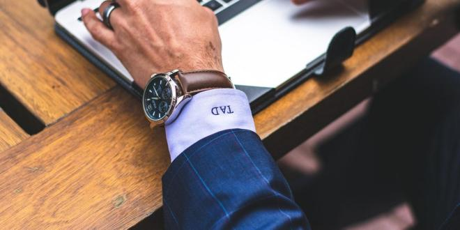A Gentleman's Guide: 3 Things To Consider When Buying A New Watch