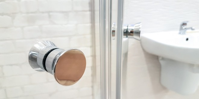 How to Organize your Bathroom Easily?