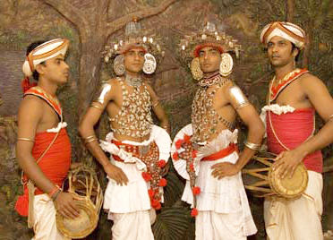 kandyan-dancers-and-drummers