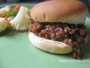 Easy & Healthy Meal: Sweet Sloppy Joes & Steamed Veggies