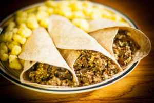 Rock and Roll Beef Wraps : Spice Up School Lunches