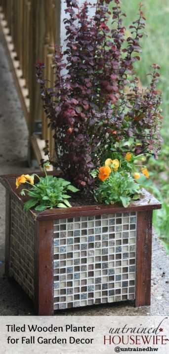 Tiled-Wooden-Planter-DIY-Garden-Decor