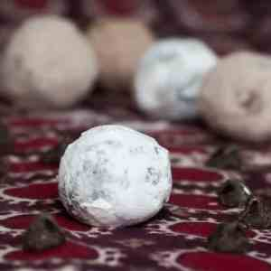 Chocolate Truffles with Essential Oils