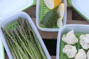 How To Keep Asparagus Fresh In The Fridge ~ Rubbermaid FreshWorks Containers