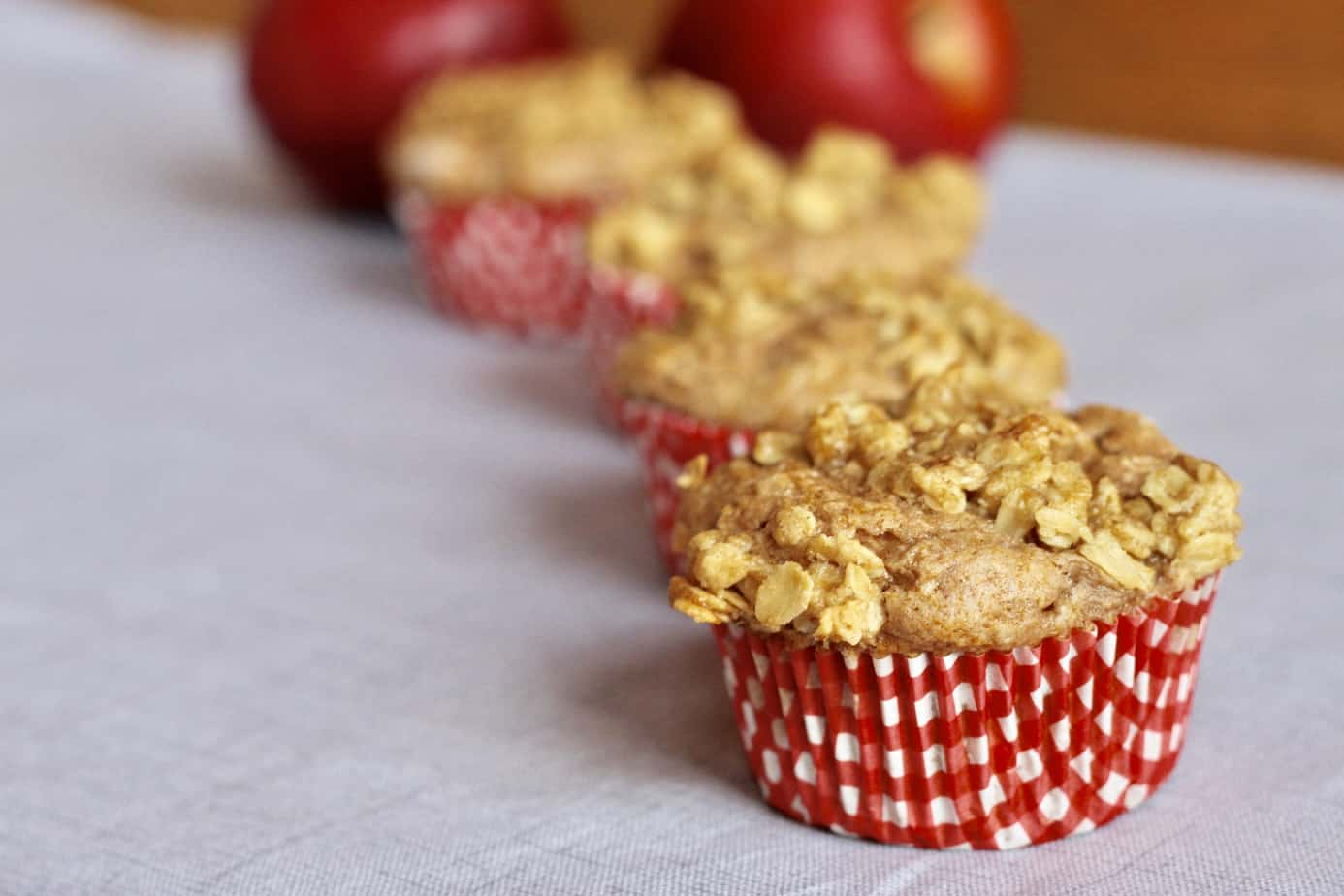how to make dutch apple pie streusel topping