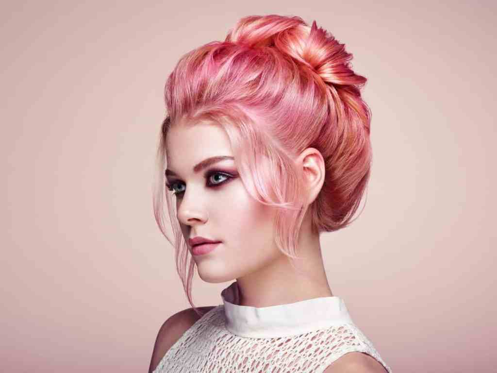 A woman with rose gold hair