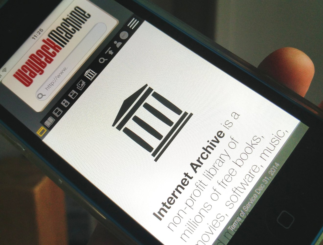 The Internet Archive is building a replica database in ...