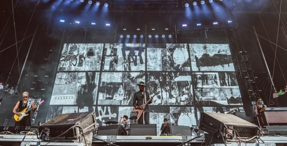 Gary Clark Jr. gives a concert at Lollapalooza.