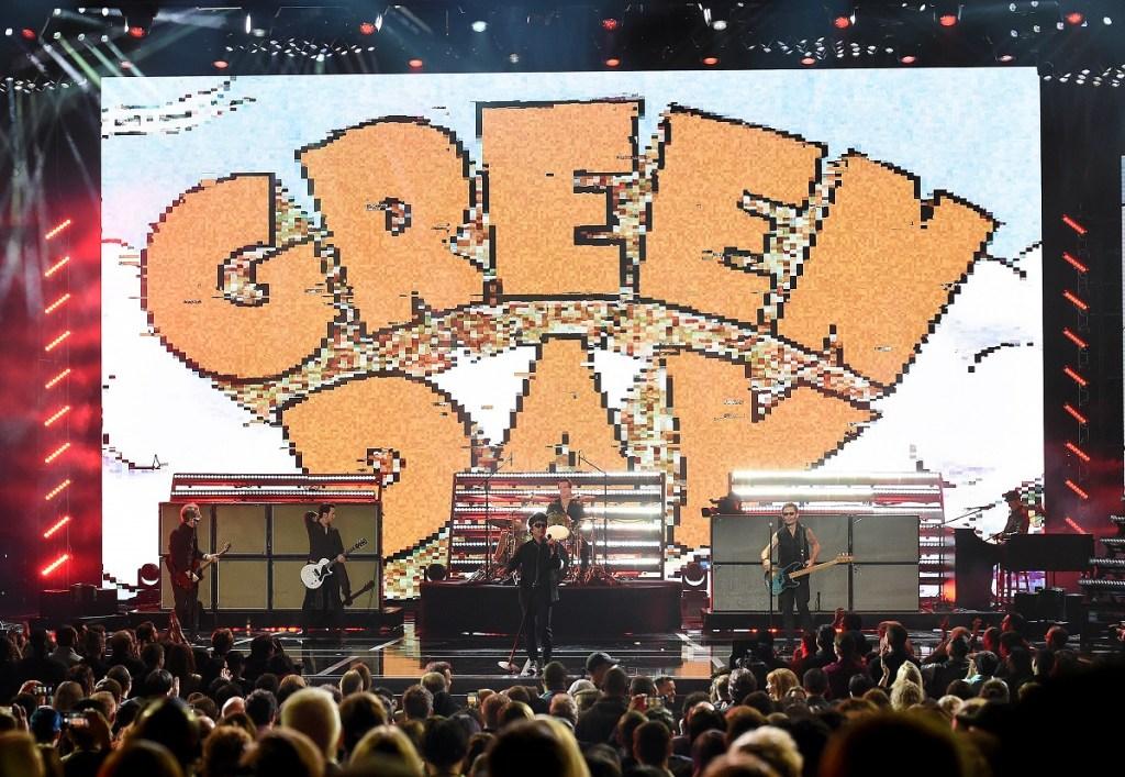 ΛΟΣ ΑΝΤΖΕΛΕΣ - 12 ΔΕΚΕΜΒΡΙΟΥ: Η Πράσινη Ημέρα αποδίδει στα βραβεία παιχνιδιών 2019 στο Microsoft Theatre στις 12 Δεκεμβρίου 2019 στο Λος Άντζελες, Καλιφόρνια.  (Φωτογραφία από τον Frank Micelotta / PictureGroup)