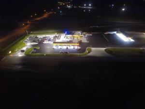 Loves Hutchinson KS Close Out Aerial Night 002
