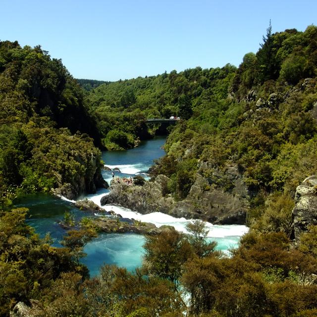 Waterfalls around Taupo: Pools at Aratiatia Rapids