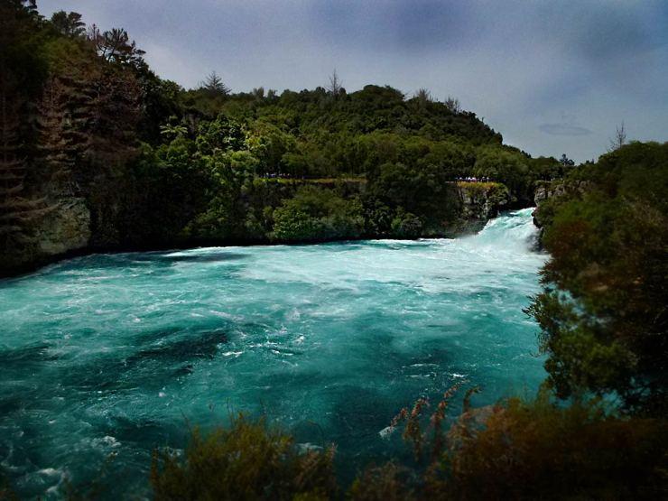 Waterfalls around Taupo: Huka Falls
