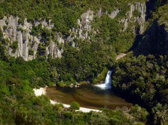 Wasserfälle: Tieke Falls