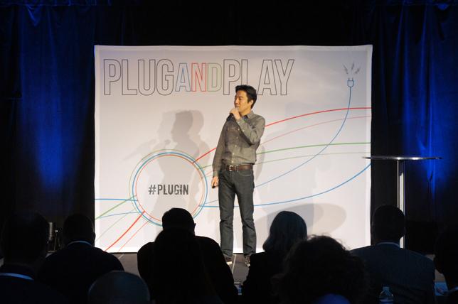 'Plug and Play Winter Expo'에서 스마일맘을 소개하는 김동신 대표