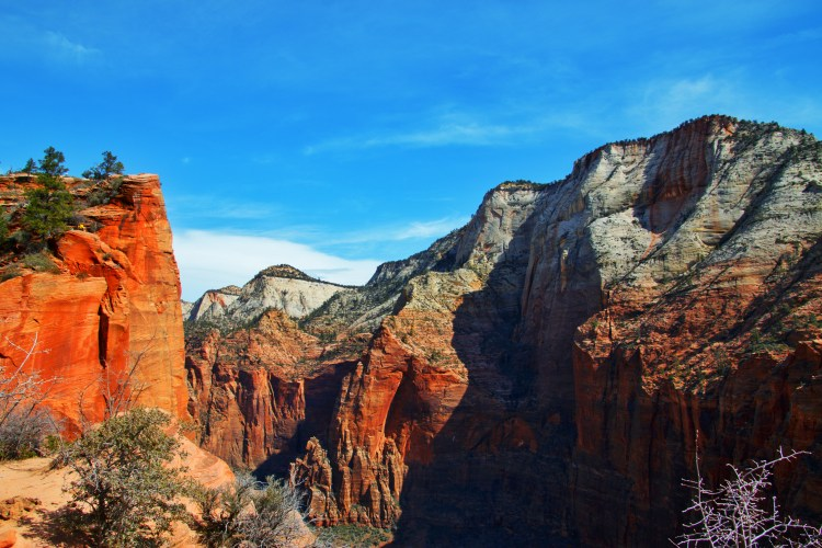 Angels Landing Hike In Zion National Park