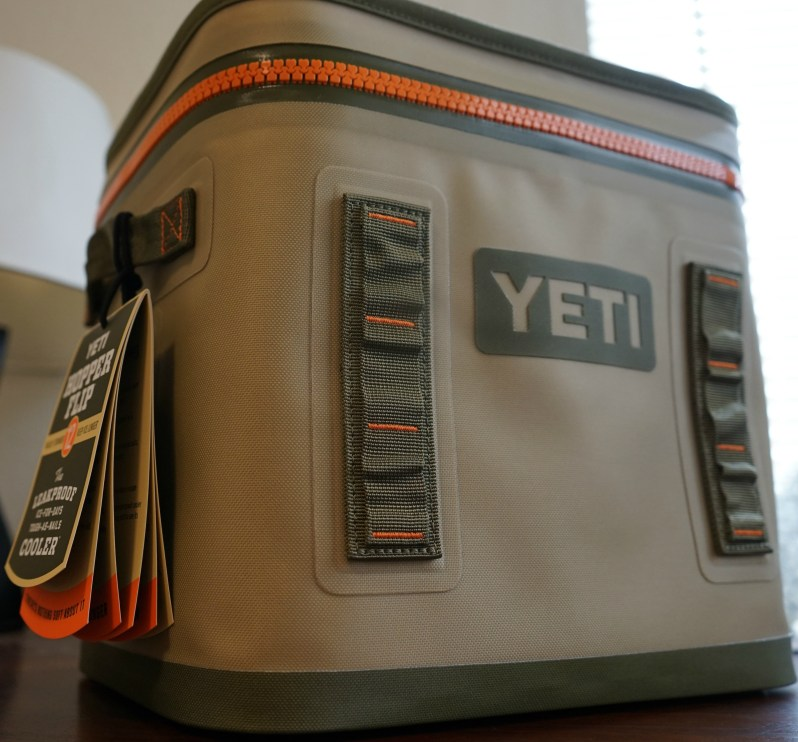 yeti-hopper-flip-12-tan