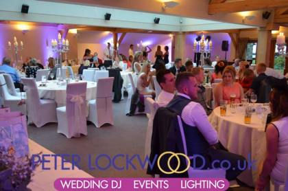 in-full-daylight-the-wedding-mood-lighting-looks-great-at-the-white-hart-saddleworth