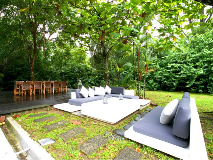 Monange-mount-pleasant-singapore-outdoor-wedding-space_edited-1