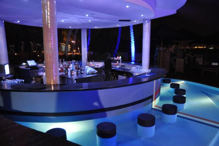 Mambo-Beach-Club-Pool-Bar-Sentosa-Singapore-Party-Corporate-Wedding-Others-Venuerific-1