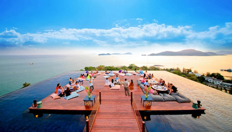 30sri-panwa-baba-nest-world-best-rooftop-sunset-lounge-with-360-panoramic-sea-views-bar-phuket-thailand