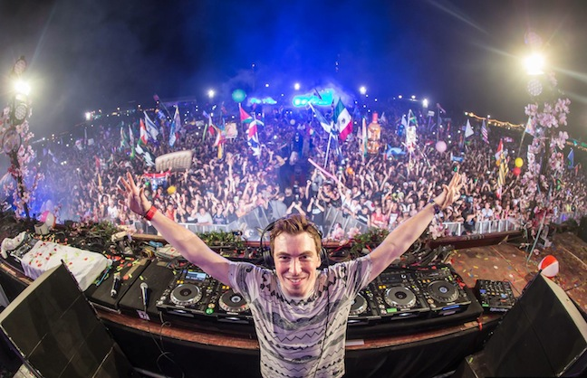 EDMBiz's Five Rules For Creating a DJ Superstar