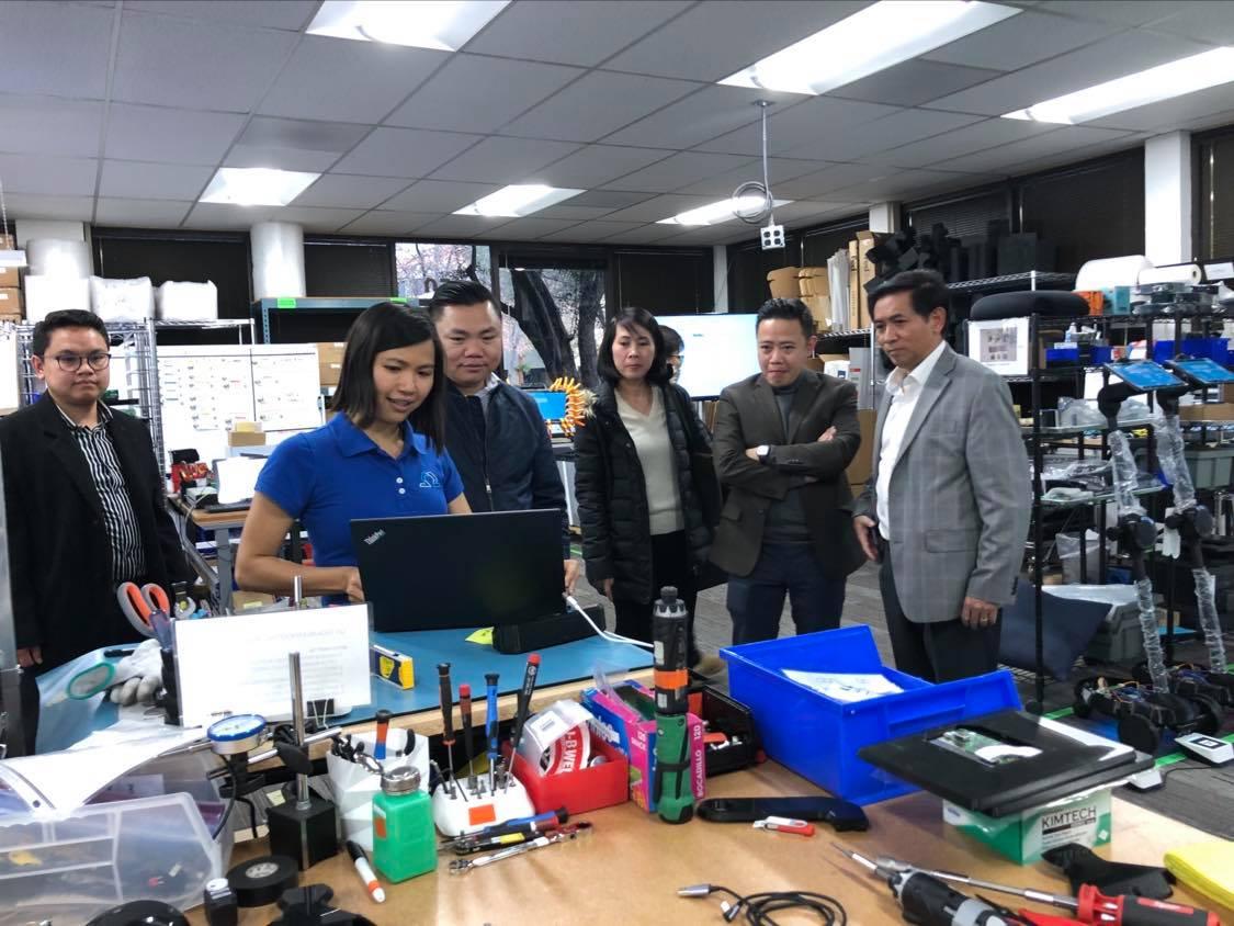 Cùng TLSQ tại SF ghé thăm một cơ sở sx của Ohmnilab