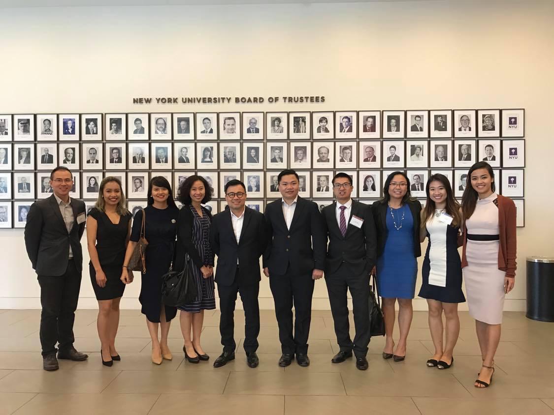 Đại diện VENUSA tham dự hội thảo hướng nghiệp tại Vòng Tay Nước Mỹ 5 - New York.jpg