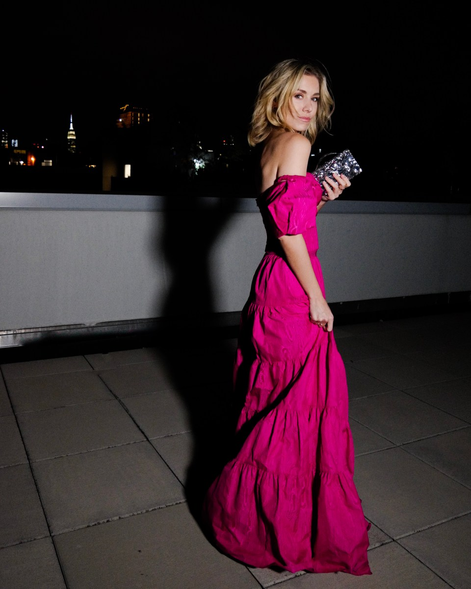 #floorlength #gown #eveninggown #longdress #weddingguest #pink #pinkdress #elegant #fuscia #nycblogger #newyork #springdress #springgown #party #event