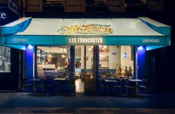 Los Franchutes Bar Paris Devanture