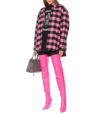 Balenciaga F/W 2020 collection thi-high boot in pink color and squared pink and back shirt