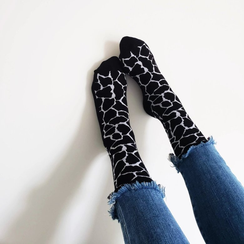 Conscious Step - Hosery sustainable brand - the socks that protect giraffes