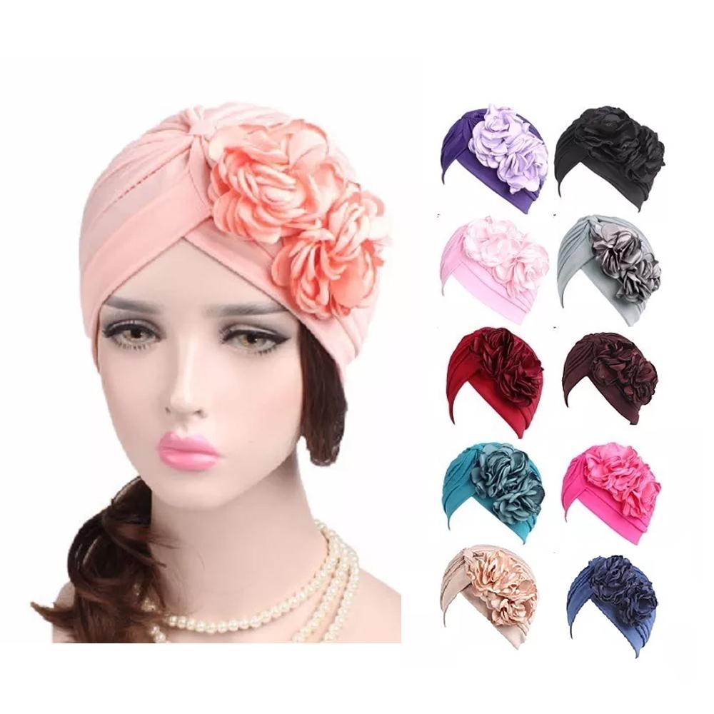 Turbante Oncológico Plisado Con Flores A La Moda