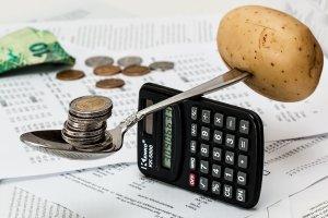 afwegen van geld en eten