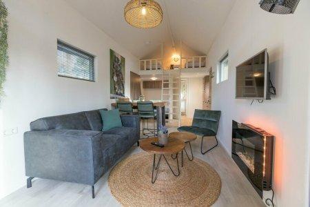 tiny house met jacuzzi Nederland