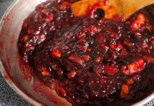 Cranberry and Apple Sauce (10 of 18)