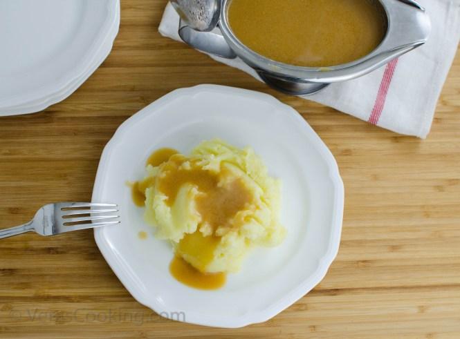 Slow Cookier Rotisserie Style Chicken/ Gravy/ Vera's Cooking/ Verascooking.com/