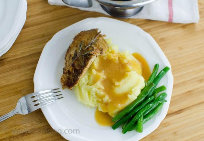 Slow Cooker Rotisserie Style Chicken/ Gravy/ Vera's Cooking/ Verascooking.com/