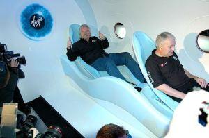 Brenson u svemirskoj turistickoj letelici