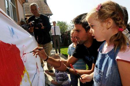 Novak Djokovic podrzao rad i ulaganje u rani razvoj dece i ucenje kroz igru, 7