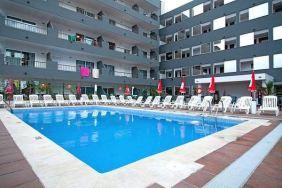 El Puerto Hotel na Ibici, bazen