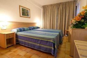 El Puerto Hotel na Ibici, dvokrevetna soba