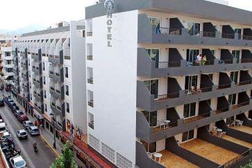 El Puerto Hotel na Ibici