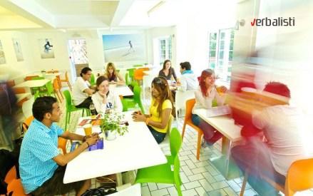 Odlican skolski restoran, Kings Bornmut, Verbalisti