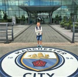 Skola fudbala za decu, polaznik jezicke mreze Verbalisti Andrija u cuvenoj Manchester City skoli