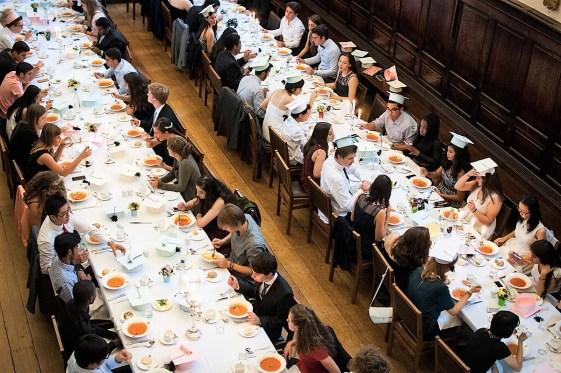 Svecana vecera za polaznike akademskog programa, St Hughs Oxford