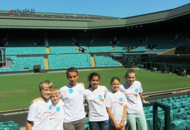 excursion-to-wimbledon-students-from-bredfield-college