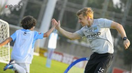 iskusni-i-sertifikovani-treneri-man-city-soccer-and-language-schools-verbalisti