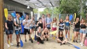 Spremni za voznju kanuima, polaznici skole ILA u Francuskoj