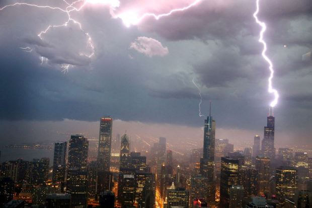 Chicago lightning strike
