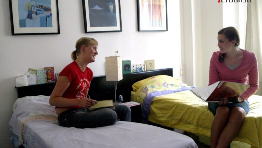 Student apartments in Barcelona, double room, language school Don Quijote,Verbalisti